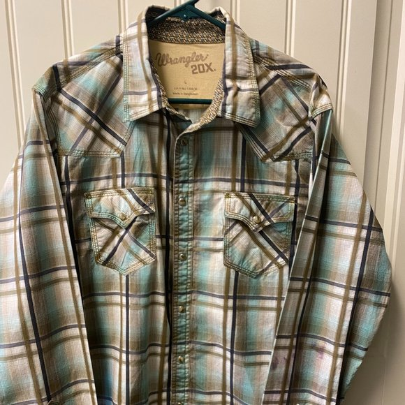 Wrangler 20X Dancing Button-Down Dress Shirt